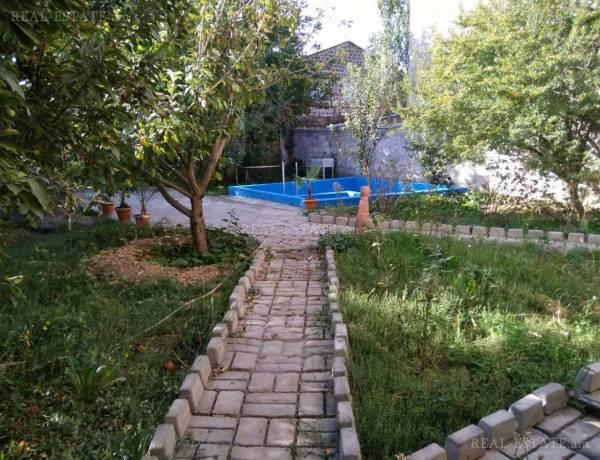 arandznatun-vardzakalutyun-Yerevan-Avan