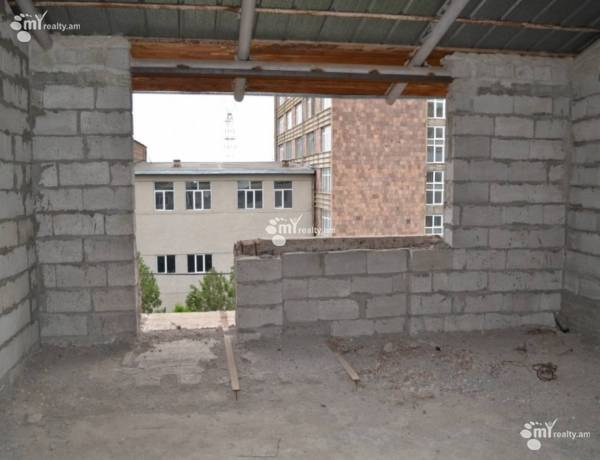 5-senyakanoc-bnakaran-vacharq-Yerevan-Norq Marash