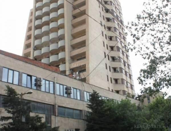 3-senyakanoc-bnakaran-vardzakalutyun-Yerevan-Center