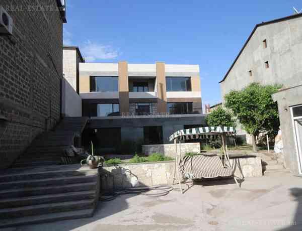 4-senyakanoc-arandznatun-vacharq-Yerevan-Center