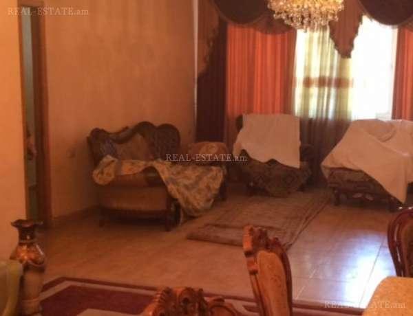 3-senyakanoc-arandznatun-vacharq-Yerevan-Erebuni
