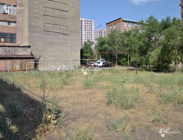 hoghataracq-vacharq-Yerevan-Qanaqer-Zeytun