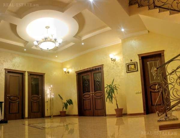 7-senyakanoc-arandznatun-vacharq-Yerevan-Avan