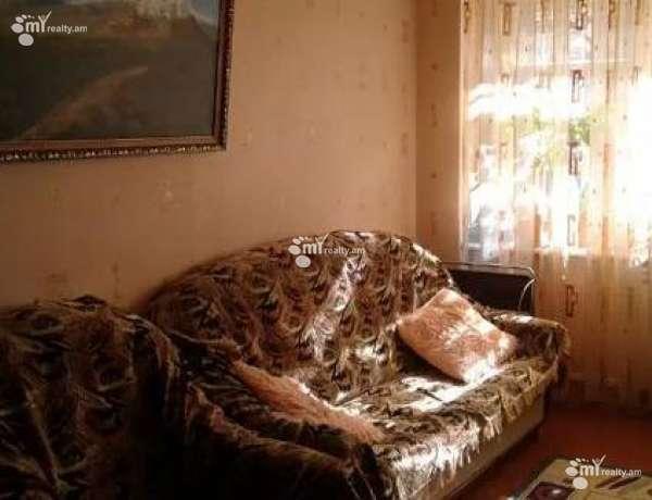 1-senyakanoc-bnakaran-vacharq-Yerevan-Erebuni