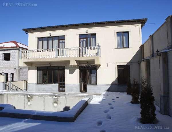 4-senyakanoc-arandznatun-vacharq-Yerevan-Avan